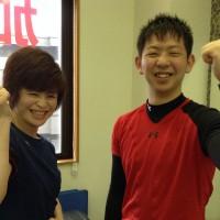 元気いっぱいの平井さん、笑顔が素敵です。